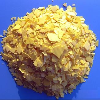 土黄色片状硫化钠图片